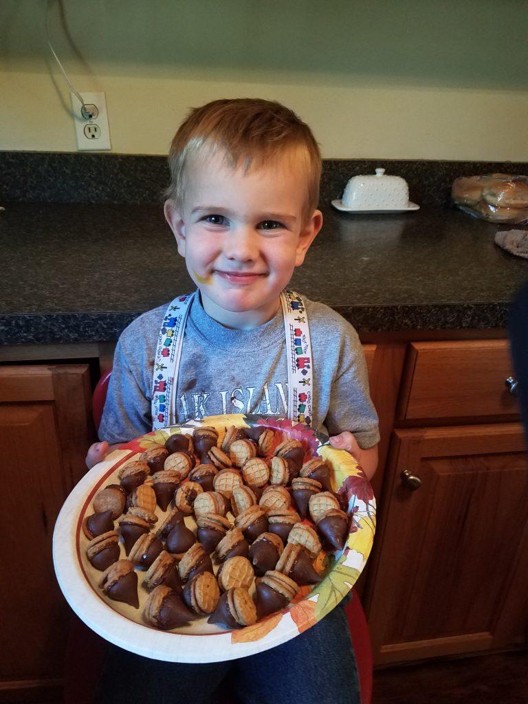 Acorn cookies with child